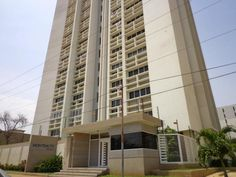 Apartamento  En Paraiso - Código: 16-5716