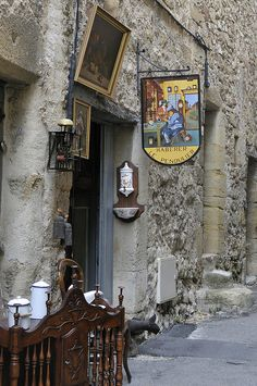 ♔ Cute little antique shop in Lourmarin ~ Provence ~ France