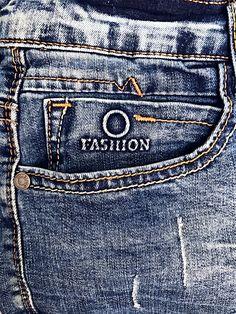 Biker Jeans, Denim Pants Mens, Jeans Pants, Trousers, Looks Jeans, Types Of Jeans, Mode Masculine, Mens Fashion, Mens Jeans Outfit