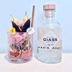 @giassgin with a lychee lime and fig granita (check my IG STORIES HIGHLIGHTS for the making of this cocktail) .... which kinda turned into a slushie by the time I photographed this :/ ......garnished with dehydrated limes edible flowers and a figlychee flower ! - Cheers! - - - - - - - #pink#italian#australia#ginlovers#blogger#weekend…