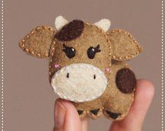 Happy felt cow brooch keychain magnet by PoCatFactory on Etsy. Yup, this is awesome Felt Diy, Felt Crafts, Fabric Crafts, Diy And Crafts, Crafts For Kids, Felt Christmas Ornaments, Christmas Crafts, Felt Decorations, Felt Brooch