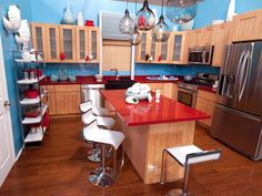 """""""It's like this kitchen has ADD,"""" says guest judge and Kitchen Cousins co-host John Colaneri of the over-accessorized room, seen on Season 7 of HGTV's Design Star."""