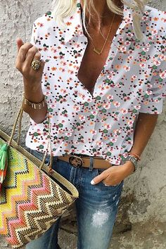 Shopping Turn Down Collar Print Blouses online with high-quality and best prices Shirts & Blouses at Luvyle. Winter Fashion Casual, Autumn Fashion, New Arrival Dress, Loungewear Set, Long Blouse, Look Fashion, Korean Fashion, Printed Blouse, Blouses For Women
