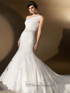 Elegant Asymmetrical One-shoulder Trumpet Lace Wedding Dresses