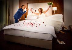 Hochzeit feiern in Wien - ganz nach Ihren Wünschen Hotel Stefanie, Das Hotel, 4 Star Hotels, Toddler Bed, Elegant, Wedding Night, Banquet, Civil Wedding, Getting Married