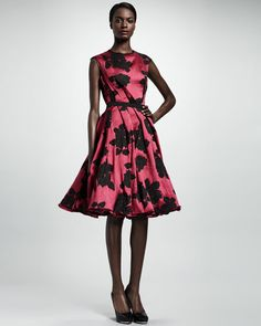 Lanvin - Rose Cloque Inside-Pleat Dress, Fuchsia