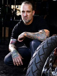 jesse james,master fabricator,welder,blacksmith,its good to see there are a few men around that can still build things with their hands.