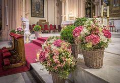 Risultati immagini per hortensia arreglo para altar