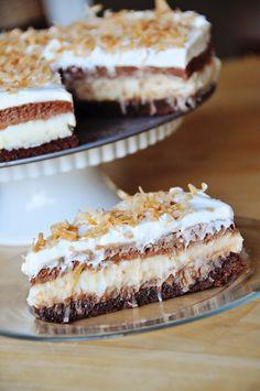 Barefoot and Baking: Brownie-Bottom Coconut Chocolate Cream Cake - OMG, this looks & sounds irrestible. My next dessert choice! Chocolate Cream Cake, Coconut Chocolate, Baking Chocolate, Melted Chocolate, Chocolate Cheesecake, Sweet Recipes, Cake Recipes, Dessert Recipes, Yummy Treats