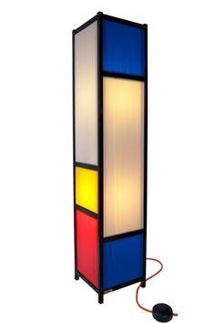 Tom Fichter ^ Floor-light inspired by Piet Mondrian and De Stijl movement Piet Mondrian, Outdoor Light Fixtures, Outdoor Lighting, Design Movements, Art Furniture, Bauhaus Furniture, Mid Century Design, Light Decorations, Decorative Accessories