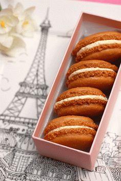 Sugar & Spice by Celeste: French Macarons - Très Magnifiques!
