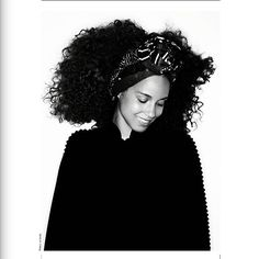 Out now Our exclusive photos of @aliciakeys on 12 pages  cover Photos by @thierrylegouesofficial @dcamanagement @raybrownpro  Anniversary issue 15 years already French revue #30 spring summer season Available in Europe and soon more countries on the American & Asian continents In Paris at selected newsstands & also at @whsmithparis & @ofrparis & @lebonmarcherivegauche & @publicisdrugstore & @archive1820 & @theconranshopfrance & @thebrokenarm etc.... Also available on #ipad #iphone with our…
