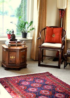 35 Stunning Traditional Indian Carpet Designs Ideas For Living Room To Try – Indian Living Rooms Ethnic Home Decor, Asian Home Decor, Diy Home Decor, Boho Decor, Indian Interior Design, Home Interior, Indian Interiors, Indian Living Rooms, Indian Homes