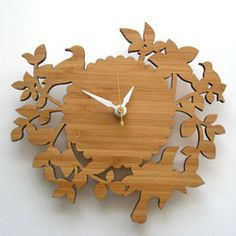 My uncle charlie could have made this in the day!!  He's given up woodworking this precise! Beautiful!!