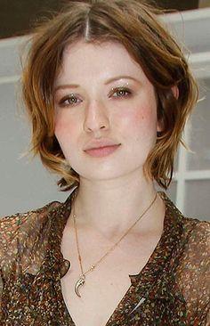 Emily Browning, Jennifer Love Hewitt, Hair, Strengthen Hair