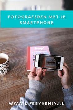 Everyone takes pictures with his telephone, this book from Snor Publishers is packed with tips and tricks about photography in general! Tips And Tricks, Foto Smartphone, Instagram Tips, Blog Tips, Social Media Tips, No Time For Me, Photography Tips, Usb Flash Drive, 3d Printing