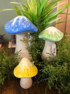 Room Crafts, Clay Crafts, Pumpkin Song, Woodsy Decor, Garden Mushrooms, Hippy Room, Mushroom Decor, House Deck, Cute Clay