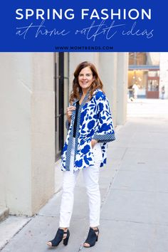Spring fashions to where at home. How to style a kimono. Fashion For Women Over 40, 50 Fashion, Kimono Fashion, Fashion Ideas, Spring Fashion Trends, Spring Summer Fashion, Spring Outfits, Spring Style, Casual Work Outfits