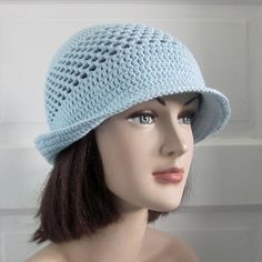 Crochet Spring/Summer Hat with Brim in Icy Blue