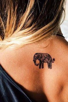 Éléphant sur le dos