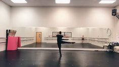Ballerina Dancing, Ballet Dancers, Shall We Dance, Just Dance, Cheer Workouts, Ballet Boys, Dance Tips, Cheer Dance, Dance Choreography