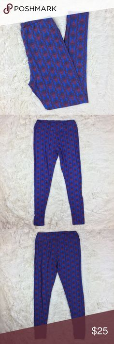 LuLaRoe Tall & Curvy Red Blue Print Leggings LuLaRoe Tall & Curvy Red Blue Print Leggings, Fabric: 92% Polyester, 8% Spandex, Abstract Print, Buttery Soft Leggings. Pre-owned, excellent condition. Thank you for shopping! Please let me know if you have any questions! LuLaRoe Pants Leggings
