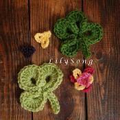 FREE Clover Crochet Embellishments - via @Craftsy