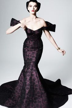 Zac Posen Pre-Fall 2013 Collection Slideshow on Style.com