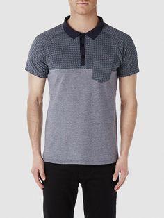 Identity SELECTED Homme - Regular fit - 100 % Baumwolle - Knopfleiste - Aufdruck - Melange-Farbeffekt - Leichte Sommer-Qualität. Das Model ist 189 cm und trägt Größe L. Dieses Polo-Shirt ist reich an Details und verfügt über ein hübsches Muster. Die leichte Qualität macht es wunderbar tragbar in der ganzen Sommerzeit. Styling-Tipp: Das Polo-Shirt ist klassisch - aber mit Pepp. Darum passt es...