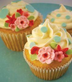 cupcakes + flowers
