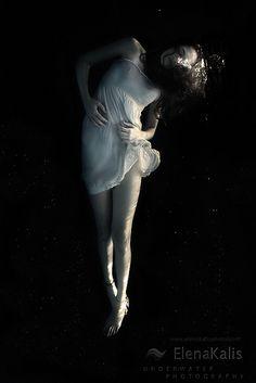Elena Kalis   I dreamed a dream..., via Flickr.  warped edges