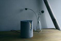 Damp 手作水泥燈,在床邊桌上點起一盞大自然的光蘊 | 大人物