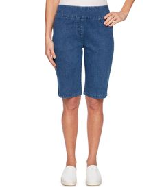 From Ruby Rd& these shorts feature& waistbandfront faux pockets; back functional pocketsside slitspull& constructionapprox& inseamcotton& washImported& Celebrity Casual Outfits, Classy Outfits, Celebrity Style, Bermuda Shorts Women, One Direction Outfits, Teenage Girl Outfits, Couture Week, Hijab Outfit, Leggings Fashion