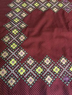 Chicken Scratch Embroidery, Masons, Gingham, Bohemian Rug, Stitches, Girls Dresses, Top, Tejidos, Craft