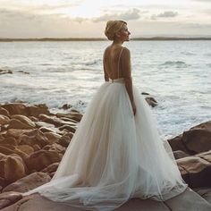 Tulle, One of my most loved Fabrics & Looks for a bridal gown. A look that I believe will never date   @darbbridal   #bridesjournal