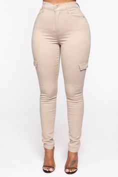 """Available In Black, Olive, And Coco Cargo Twill Skinny Pants High Rise Pigment Garment Dye Stretch Twill 29"""" Inseam 60% Cotton 38% Rayon 2% Spandex Im... Tan Skinny Jeans, White Jeans, Winter Outfits, Casual Outfits, Plus Size Pants, Curvy Women Fashion, Stretch Pants, Capri Pants, Bring It On"""