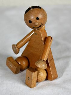 ¤ Vintage Primitive Jointed Wooden Doll Folk Art