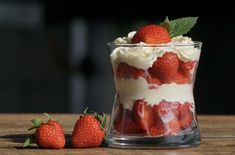 Mondays can be a drag.which means we, at Basic Bitch, always have dessert for dinner on Mondays. What is your favorite dessert? Strawberry Parfait, Strawberry Desserts, Snacks List, Keto Snacks, Raw Food Recipes, Dessert Recipes, Dessert Food, Parfait Desserts, Gelatine