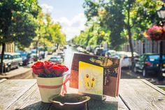 In the city of Alkmaar - NL-Alkmaar Noord-Holland  #alkmaar #noordholland #streetscene #flowers #gracht #grachten #city #summer