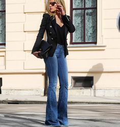 If you would like to make an intriguing outfit you don't will need to coordinate with your clothes. You don't want a casual outfit paired with a costly gold watch or sophisticated Prada bag. Most people today wear a specific… Continue Reading → Casual Street Style, Casual Chic, Look Fashion, Fashion Outfits, Fashion Trends, Fashion Inspiration, Fall Fashion, Fashion Skirts, Blazer Fashion