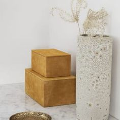 Buy your Suede storage box from House Doctor at Nordic Nest. House Doctor, Rangement Art, Hanging Canvas, Modern Kitchen Design, Art Pieces, Decorative Boxes, Gallery Wall, Vase, Storage