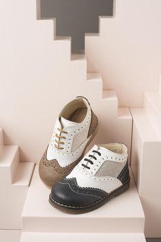 Δερμάτινα brogues παπούτσια της Babywalker για αγόρια, annassecret, Χειροποιητες μπομπονιερες γαμου, Χειροποιητες μπομπονιερες βαπτισης Brogues, Christening, Sneakers, Shoes, Fashion, Tennis, Moda, Slippers, Zapatos