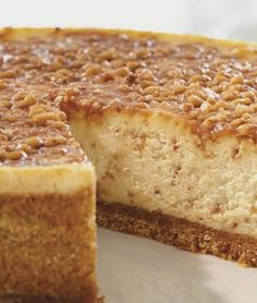 English Toffee Cheesecake English Toffee Cheesecake oh I must must must do this then spend three hours on the treadmill No Bake Desserts, Just Desserts, Dessert Recipes, Health Desserts, Desserts Caramel, Gourmet Desserts, Baking Desserts, Party Recipes, Plated Desserts