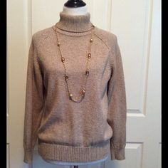 Soft & Cozy Oatmeal Sweater Perfect with a pair jeans or slacks for a causal Fall day. Worn once. Karen Scott Sweaters