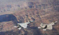 McDonell Douglas F-15C Eagle / Lockheed Martin F-22A Raptor
