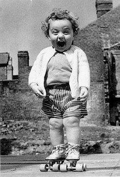 This is how I feel whenever I'm on rollerskates, too. I can't quit laughing at this picture. Your Smile, Make You Smile, Jolie Photo, Look At You, How I Feel, Old Photos, Crazy Photos, 1940s Photos, Famous Photos