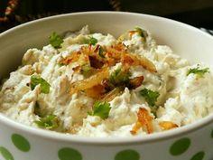 Pomazánka ze smažené cibule a Ricotty :: Tipy na Výlety a zábava Ricotta, Potato Salad, Mashed Potatoes, Menu, Rice, Ethnic Recipes, Food, Whipped Potatoes, Menu Board Design