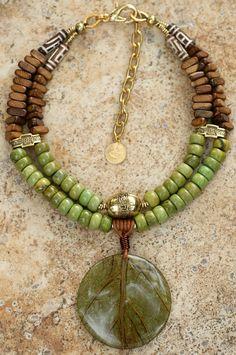 Coconut Leaf Necklace | green turquoise, wood, carved bone, … | Flickr