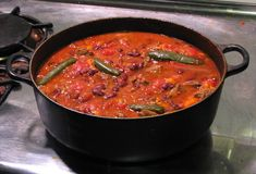 The debate is real among venison chili aficionados: do you make your best chili with beans or without?