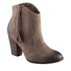 ALDO Fastrost - Women Ankle Boots ALDO, http://www.amazon.com/dp/B008U0V8DK/ref=cm_sw_r_pi_dp_au06qb10BWVW4